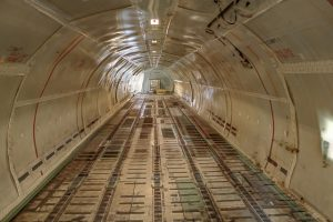 Airplane cargo space - use air freight to ship exhibition goods quickly
