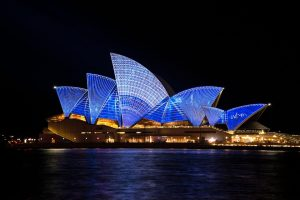 The Sydney opera house is a great place to visit when moving to Australia from Lebanon